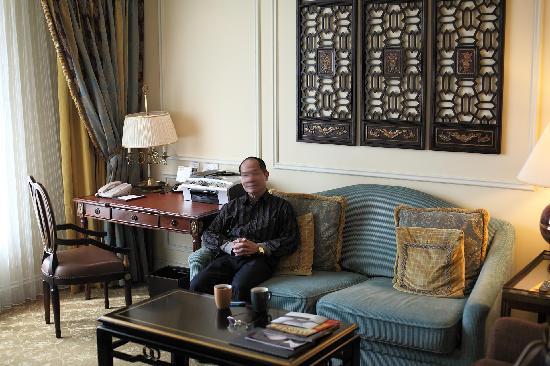 The Venetian Macao Resort Hotel: 入住的78平米房间的会客区