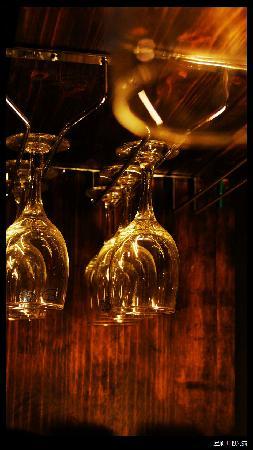 Wamao Inn: 红酒~~