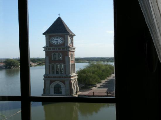 Dianshan Lake Hotel