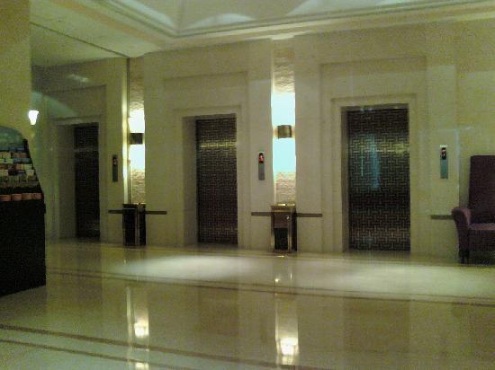 Huana Hotel (Style): 090613_135118