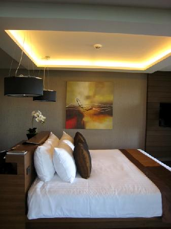 Novotel Phuket Kata Avista Resort and Spa: 床