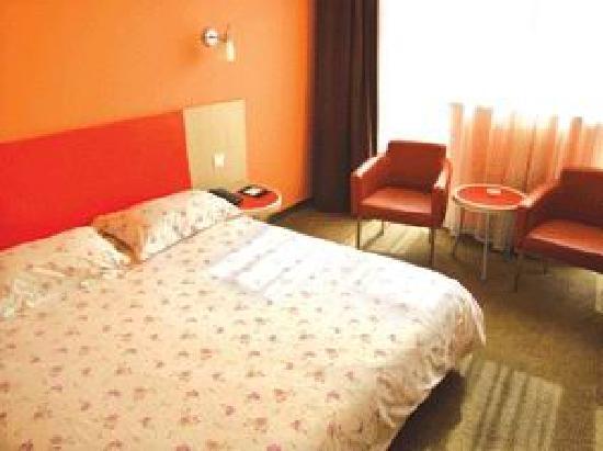 Motel 168 (Hefei Shengli Road) : 1370_2_%B3%C9%B6%BC%C4%AA%CC%A9168%CB%AB%C7%C5%B5%EA4