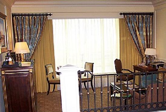 Amara Saigon Hotel