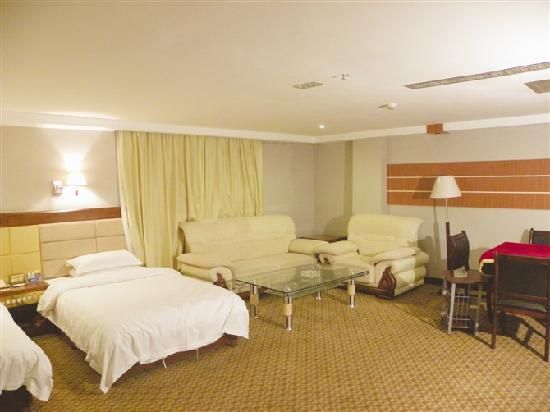 Risheng Hotspring Hotel: 光线明亮