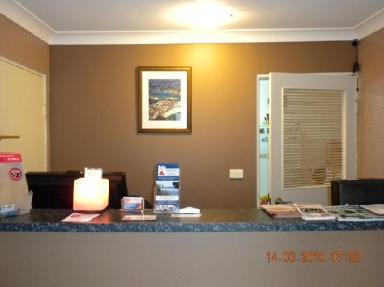 Kelanbri Holiday Apartments : 前台