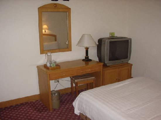 Nanhu Hotel: 套房卧室