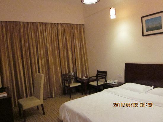 Runting Hotel (Xiamen Nanshan Road): 床