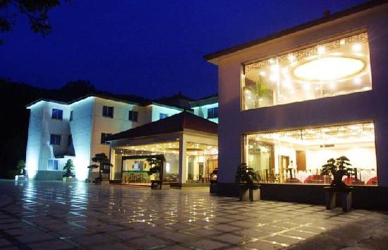 Deqing Rowsen Resort