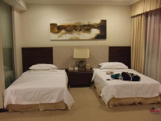 Jing Di Hotel: 客床