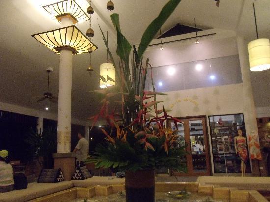 Supalai Resort & Spa Phuket: 大堂