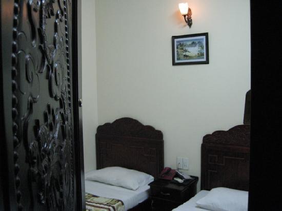 Hanting Express Hotel(Qixing Road): p_large_iMpn_04b00000a0c12d0d