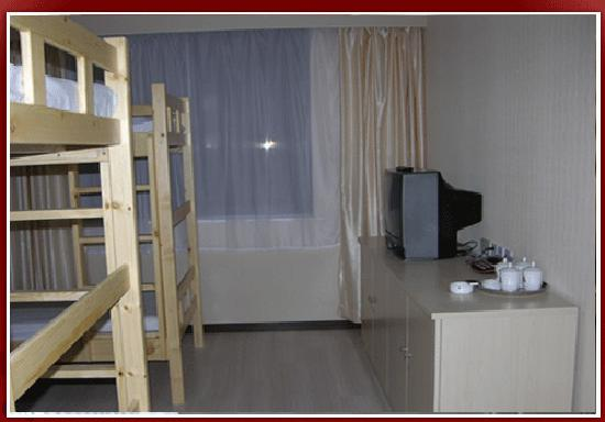 Motel 168 Shijiazhuang Financial Street: 外面房间的上下铺