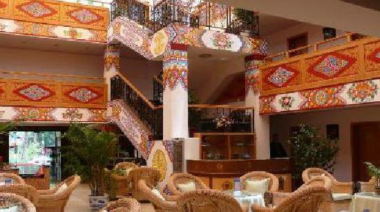 Jiuzhaigou Scenic Resort Management Bureau Guest House Hotel: 大堂