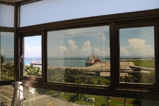 Ocean Hotel: 窗外的景色