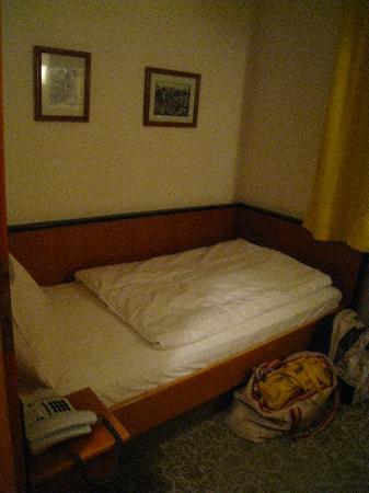 Photo of Hotel Gasthof Zur Linde Rothenburg ob der Tauber