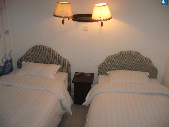 Qingfeng Hostel: 清风客栈双标间
