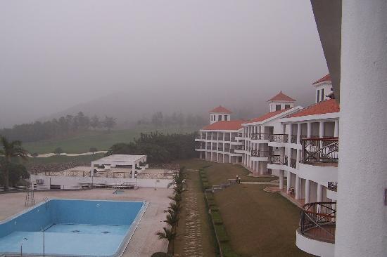 Pine Village Club Hotel