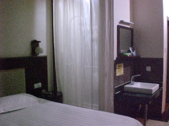 Kaiser Dom Hotel (Changsha Furong)