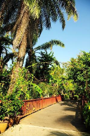 Sunda Resort : resort入口