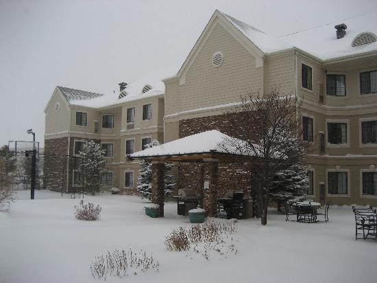 Staybridge Suites Denver South-Park Meadows: Main Entrance