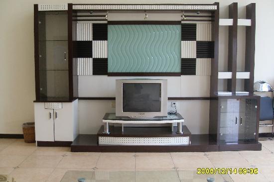 Shaoguan, China: 厅里面的电视