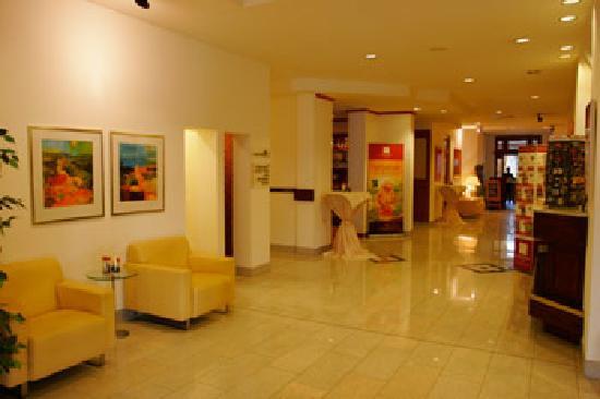 ลีโอนาร์โด โฮเต็ล ไฮเดลเบิร์ก: 酒店大堂