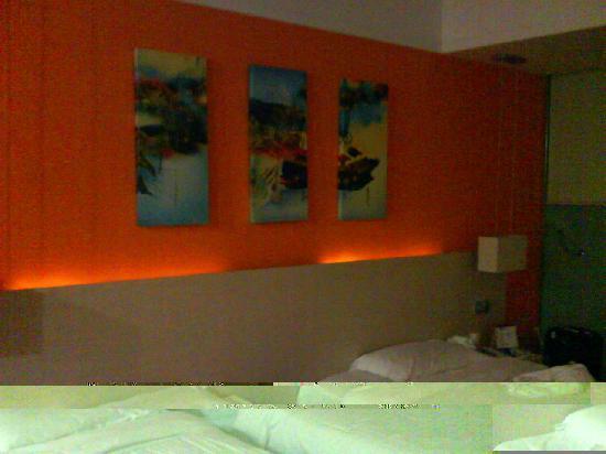 U Pin 100 Hotel: 客房照片