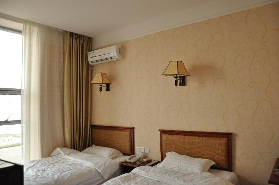 Golden Seashore Hotel
