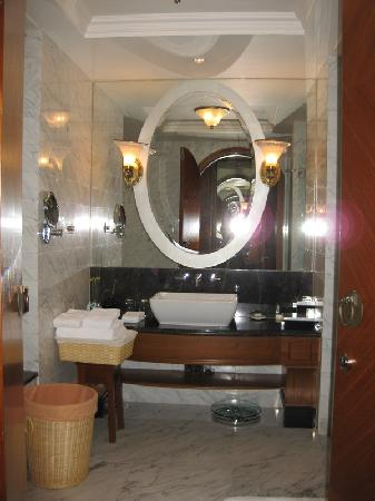 Golden Kintel Hotel: large_piqs_5956n200065