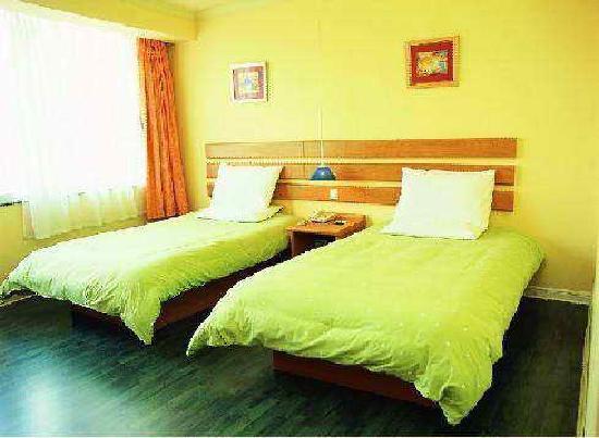 Home Inn (Guangzhou Shangxiajiu No.2): 这是对如家的第一感觉,一片绿啊。。。
