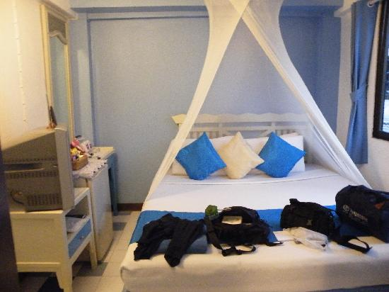 Sawasdee Banglumpoo Inn: 纱帐很浪漫吧