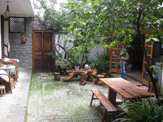 Moonhome Inn (Qiyi Street): 客栈幽静的小院