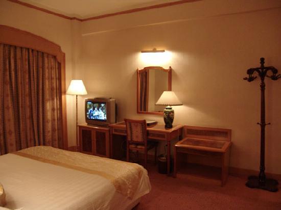 Jingcheng Hotel: 房间里面