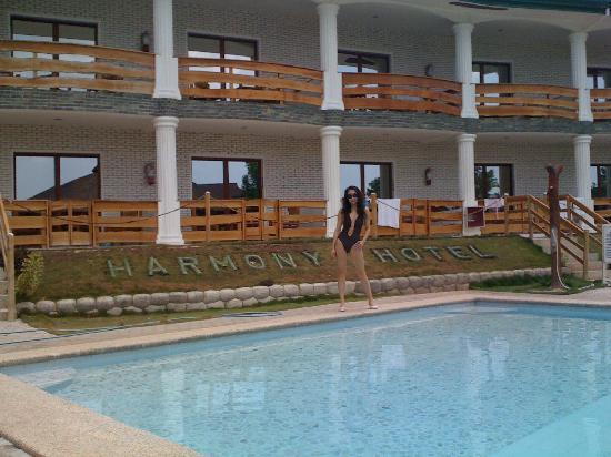 Harmony Hotel: 111 201