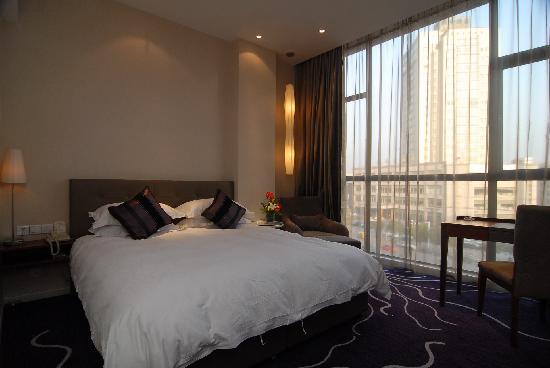 Budgetel Huadu Hotel