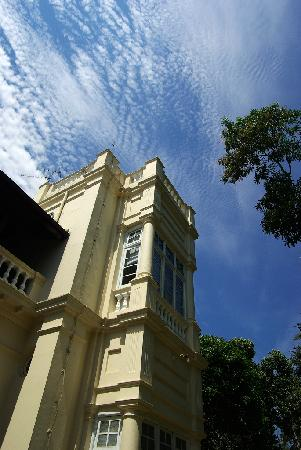 The Mansion: 酒店外景
