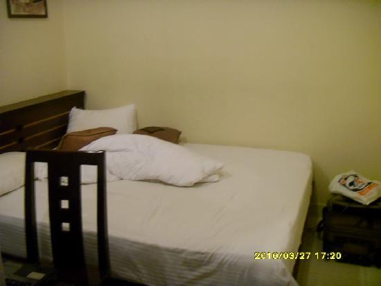 โรงแรมไซง่อนสปอร์ท2: 大床