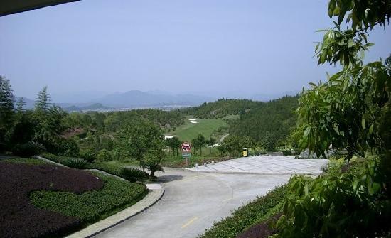 Wuyi Mountain Jingmin Glof Hotel: 酒店的风景