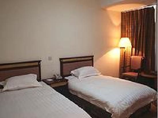 Fenglan Business Hotel: 时间太久,照片实在找不到,借一张