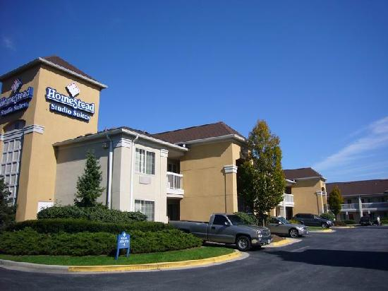 Extended Stay America - Orlando - Lake Mary - 1040 Greenwood Blvd: HomeStead Suites, Linthcum -1