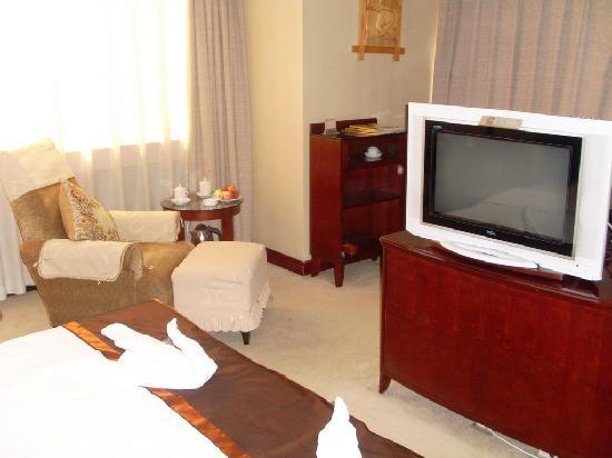 Qihe Hotel: 房间内