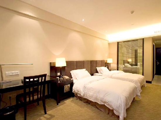 Starway King Garden Hotel: 行政双床房