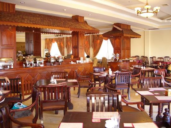 Kingdom Angkor Hotel: 餐厅