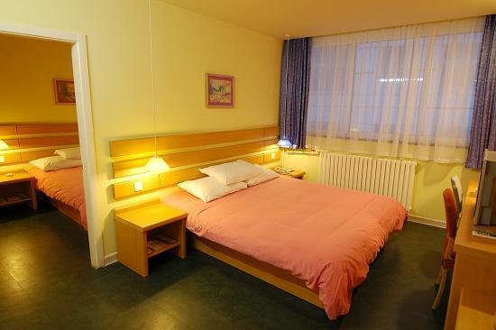 Home Inn (Heze Tianxiang Park)