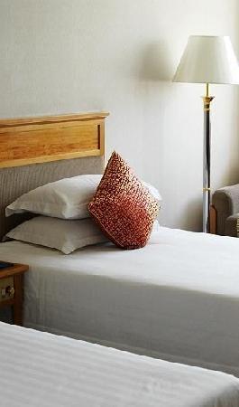Zhejiang Oriental Hotel : 整洁的房间