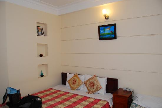 Kim Hotel: The room