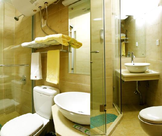 Freeman Hotel: 卫生间