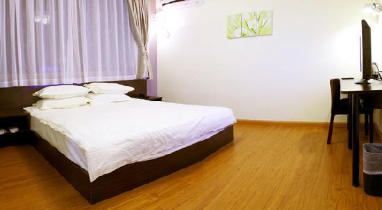 Freeman Hotel: 大床房
