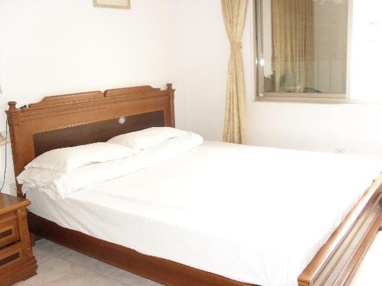 Yangguang 99 Inns (Xiamen Huizhan): 标准大床房