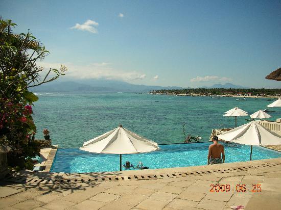 Bali Coconut Hotel: 酒店泳池